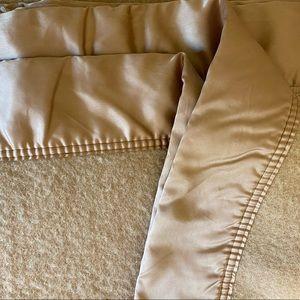 Vintage Kenwood Ramcrest Virgin Wool Blanket